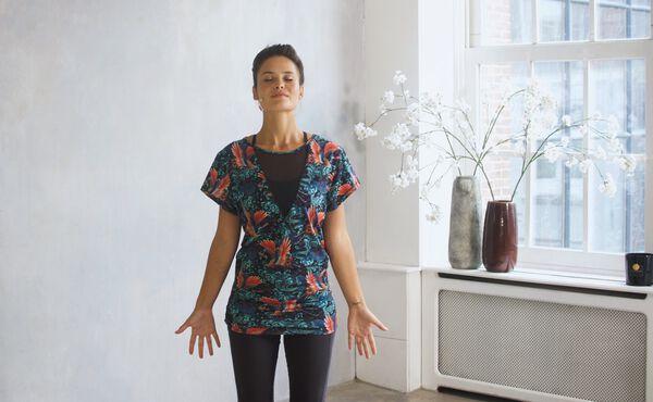 Posições de yoga de fundamentação para Vata