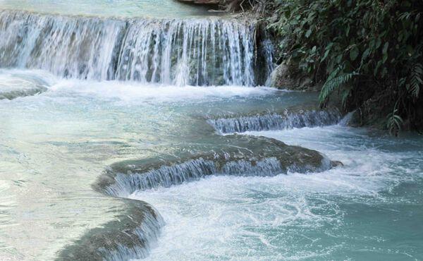 Eintauchen in die Natur: 9 Naturschwimmbecken rund um die Welt
