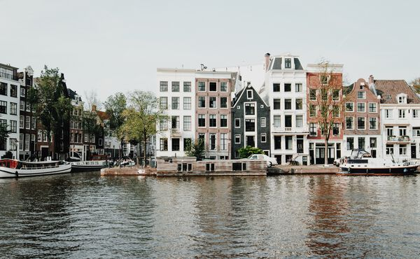 A slow escape in Amsterdam: How to explore the city like a local