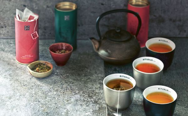 Discover why drinking tea is a healthy for mind, body & soul