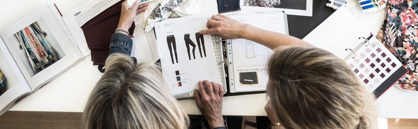 7c760b03 Elegante klær som er komfortable for kropp og sjel: Et intervju med ...