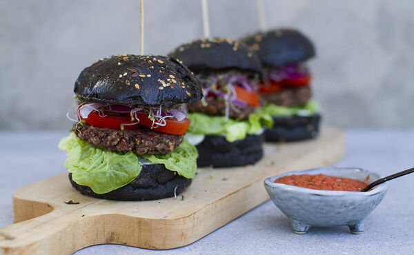 Vegetarian black bean burgers with piri piri sauce