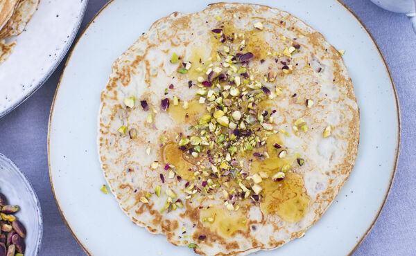 Orange blossom pancakes with pistachio