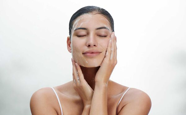 We unveil a skincare expert