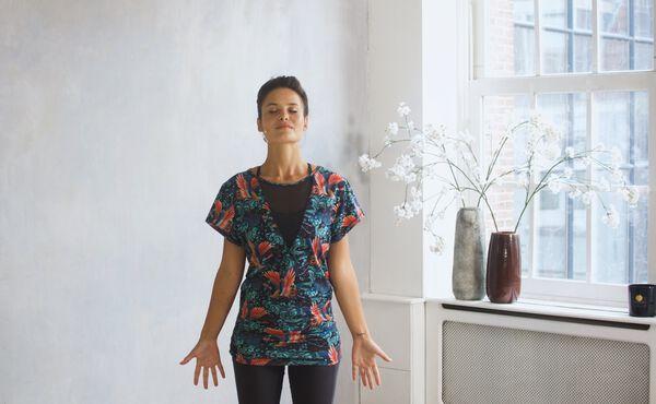 Una secuencia de yoga Vata para enraizar