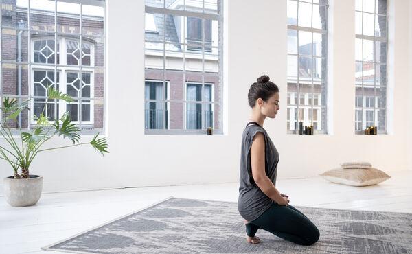 Yin yoga: ontspan en ontstress met deze rustgevende poses