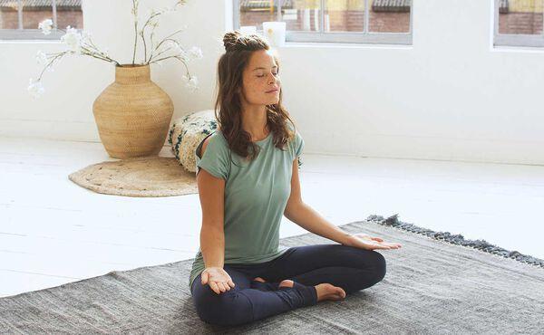 7 Gründe, warum Sie heute meditieren sollten