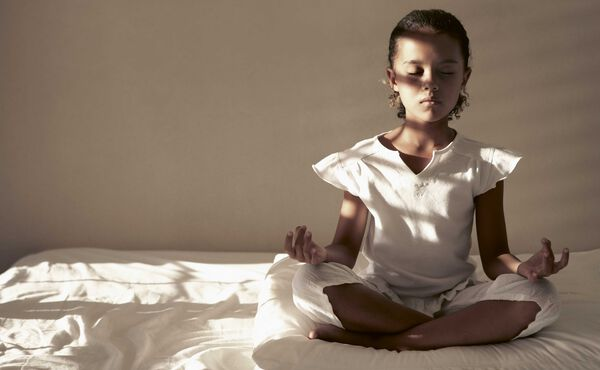 Namasté de por vida: este es el motivo por el que los niños deberían practicar yoga
