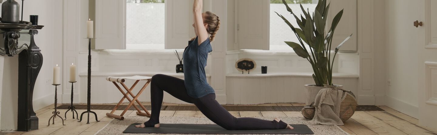 After Work Yoga Flow To Undo The Damage Of Your Desk Job Rituals