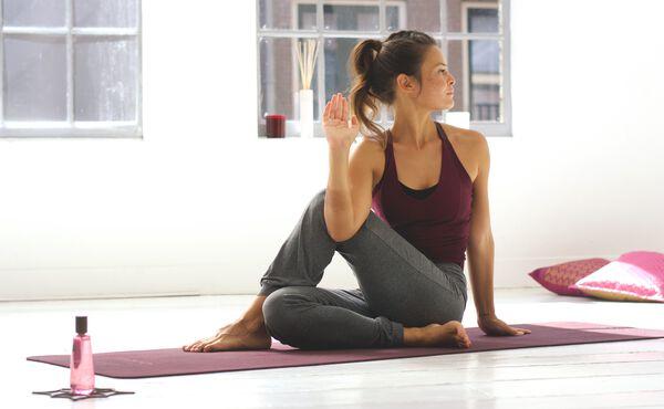 Une séance de yoga revitalisante pour les personnalités Kapha