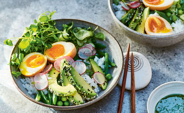 Matcha sushi salad: A healthy delight for summer evenings