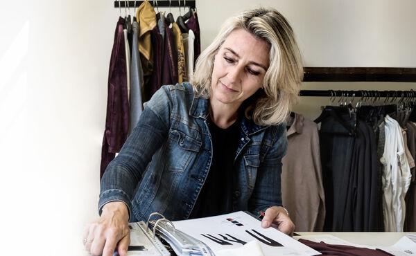 Elegante klær som er komfortable for kropp og sjel: Et intervju med Soulwear-sjefen Karlijn Wolfs