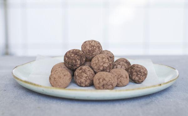 Boulettes de baobab avec cacao brut et match