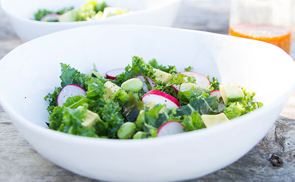 Prøv denne sunne og raske japanske salaten med grønnkål og wakame