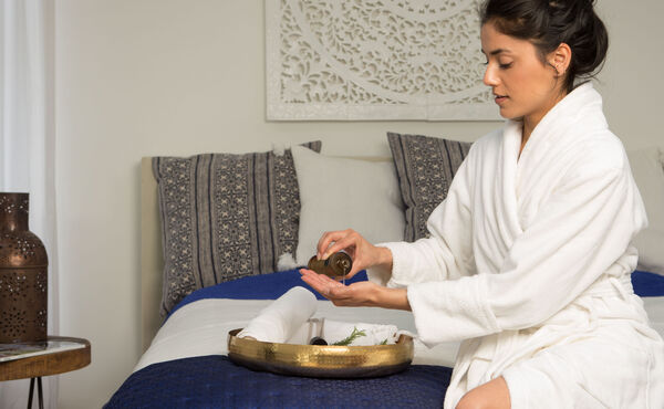 Discover the magic of Abhyanga massage