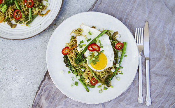 Veggie Singapore-style noodles with bimi and crispy carrot
