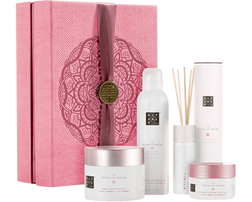 The Ritual of Sakura - Renewing Collection 2018 for US