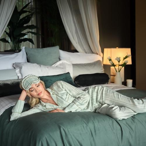 The Ritual of Jing Sleep mask - Green sheen -