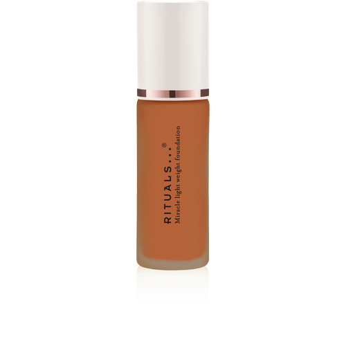 Miracle Light Weight Foundation Warm Almond