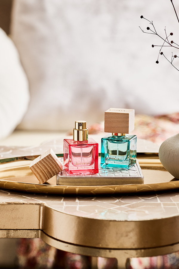Try now our travel size perfumes